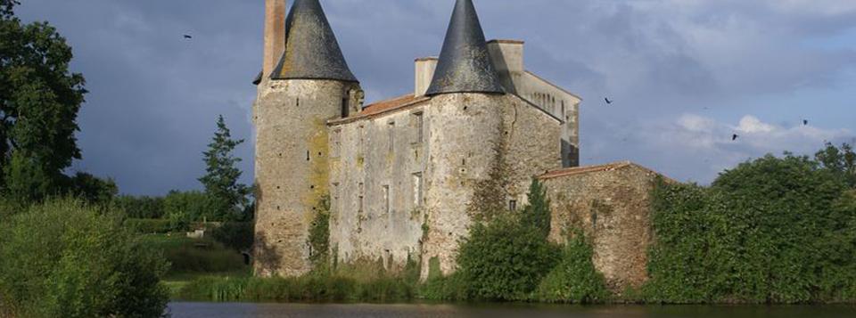 Château de Saint-Martin-des-Noyers